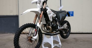 FIRST LOOK: GPX MOTO TSE250R CHINESE TWO-STROKE