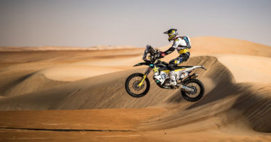 QUINTANILLA LEADS – SUNDERLAND CRASHES BUT STAYS SECOND IN ABU DHABI RALLY