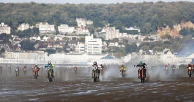 WHAT'S WITH THE RIDERS IN THIS COMING WESTON BEACH RACE 2018?