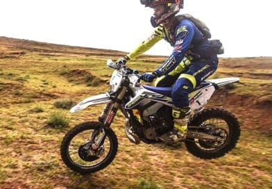 WATCH: WADE YOUNG WINS MOTUL ROOF OF AFRICA 2019