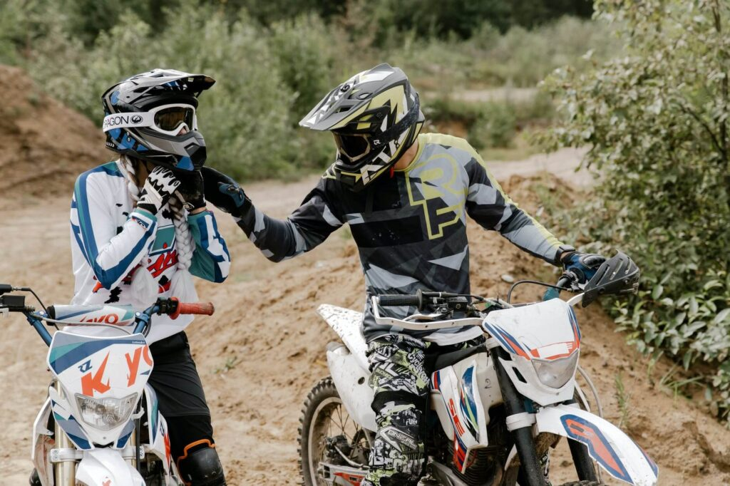 How do you find the perfect dirt bike helmet fit?
